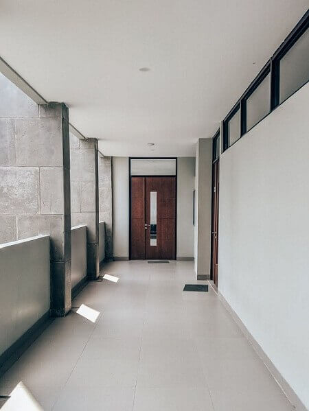 Блиндирана врата на апартамент